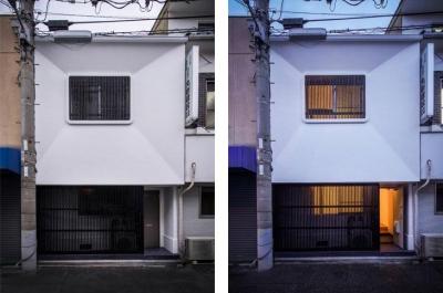 日本の伝統的空間が残る外観 (花園町の長屋)