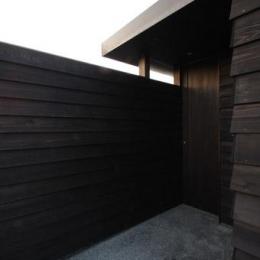 東雲の家 (玄関ポーチ)