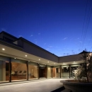月栖の家(つきすみのいえ)~プライバシーと街並みの両立~の写真 広々としたテラス