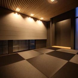黒い琉球畳を敷いた和モダン空間