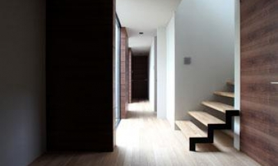 矢絣の家 (玄関ホール)