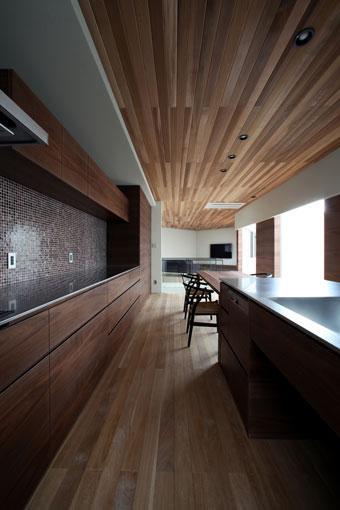 矢絣の家の写真 キッチンと繋がるダイニング
