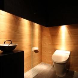 瀬石の家~落ち着きのあるLDK~ (落ち着いた雰囲気のトイレ)