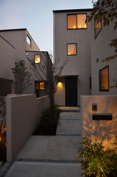 外観 (中村プロジェクト-注文住宅同様に丁寧につくりあげた5棟の建売住宅-)