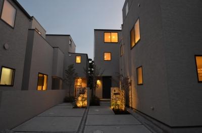 中村プロジェクト-注文住宅同様に丁寧につくりあげた5棟の建売住宅- (全景)