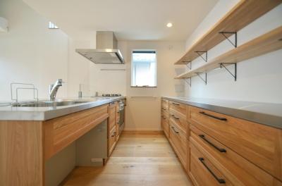 下連雀Y邸-L・D・K・中庭の関係性がつくりだす心地よい空間- (キッチン)