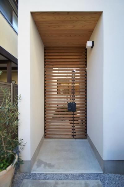 門扉 (桃井M邸-中庭を中心としたコの字配置の立体コートハウス-)