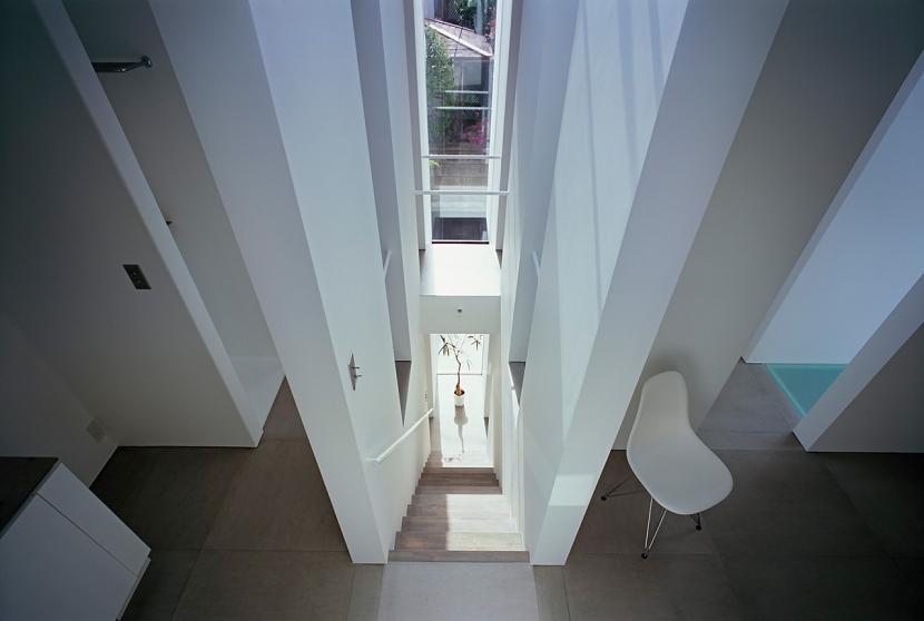 スキマノイエの部屋 階段2