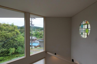 ステンドグラス (笹谷の家)