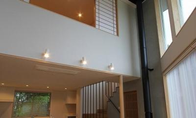 笹谷の家 (吹き抜けと薪ストーブのあるLDK 3)