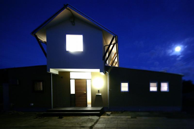 Yokono ARKの部屋 外観 夜景