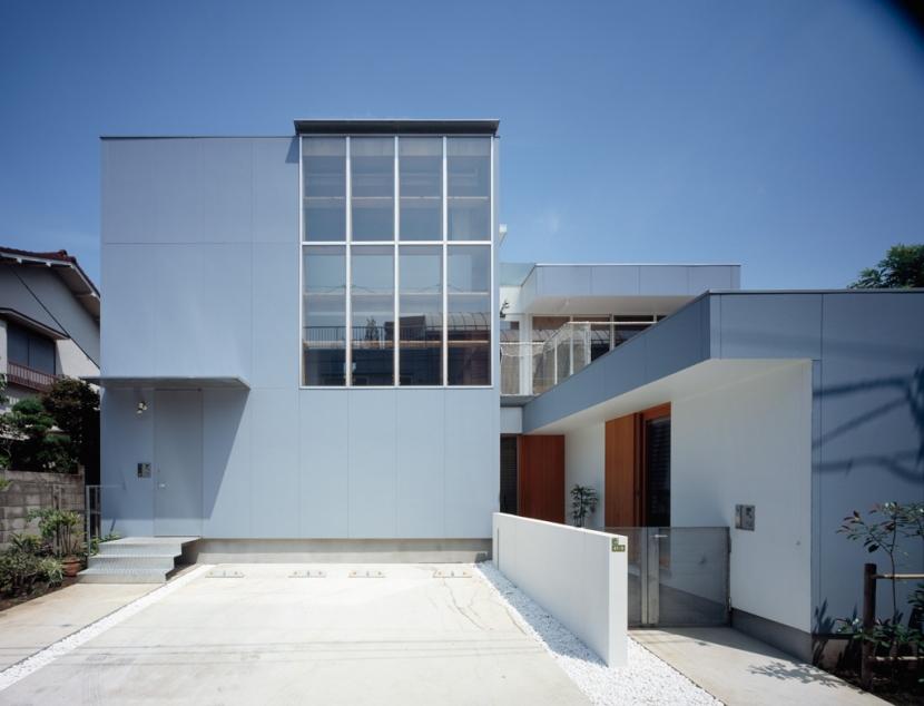 格子の家の写真 外観