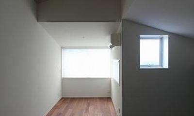 屋根裏部屋|桜台の呼吸する家