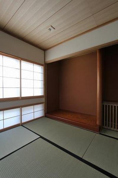 床の間のある和室 (桜台の呼吸する家)