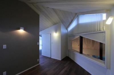 2階ホール (桜台の呼吸する家)