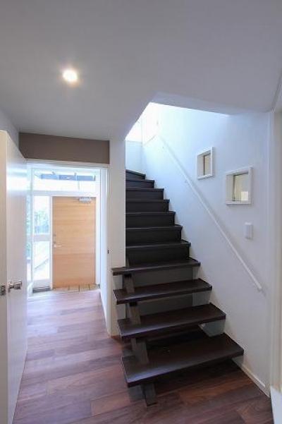 階段・廊下・玄関 (桜台の呼吸する家)