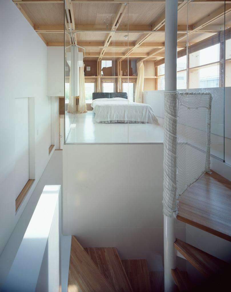 格子の家の写真 ベッドスペース