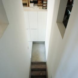 格子の家 (すき間)