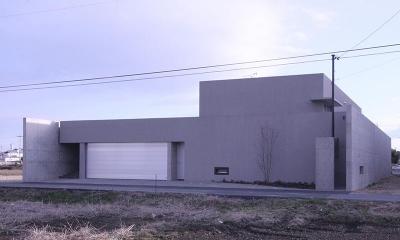 HO邸 (周囲を水田に囲まれて住宅)