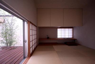 外と繋がる和室 (KM邸)