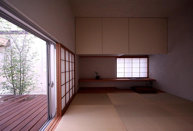 KM邸 (外と繋がる和室)