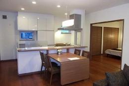 HOKUEI HOUSE (会話のあるキッチン)