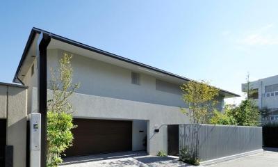 芦屋の家 (インナーガレージのある平屋)