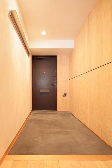 埼玉県さいたま市の家の部屋 自転車の置ける広々とした玄関