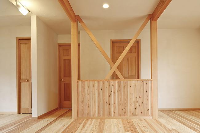 東京都練馬の家の部屋 珪藻土と天然無垢材使用したLD