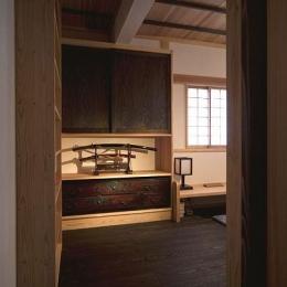 埼玉県日高の家・保田與重郎邸をイメージした和の魅力が溢れる家 (書斎)