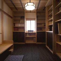 埼玉県日高の家・保田與重郎邸をイメージした和の魅力が溢れる家 (和の魅力が溢れる書斎)