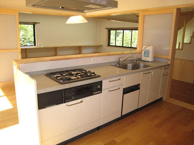 支配人の家の部屋 対面キッチン