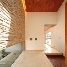 大理石の玄関ホール