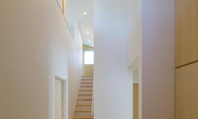 池花の家 (玄関 階段)
