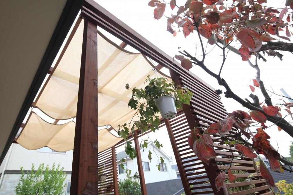 川崎市K邸:リゾート気分満喫!ガーデンテラス (ガーデンテラスシェード)