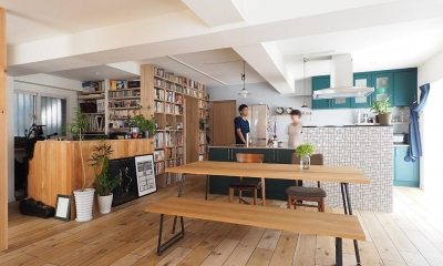 『Treerink』 ― 世代を繋ぐ (オープンな書斎と隣接したLDK)