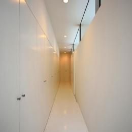 廊下にある収納 (Terrace2567)