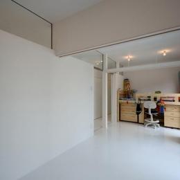 真っ白な子供部屋 (Terrace2567)