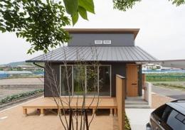 K邸 H23 (ウッドデッキから家に居ながら桜を堪能できる住宅)