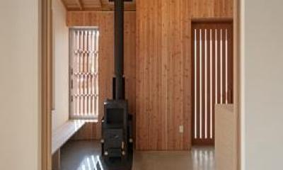 H邸 H26 (玄関土間にあるペレットストーブ)