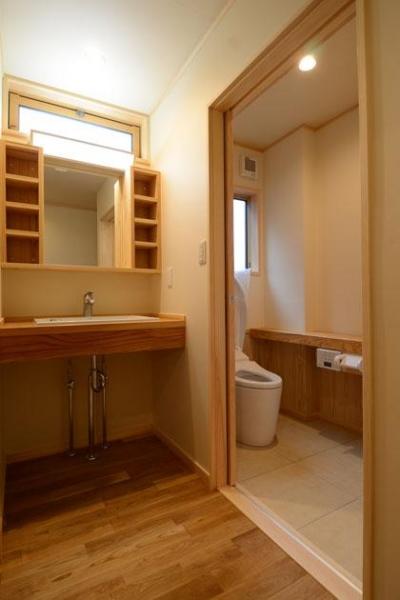 洗面脱衣室、トイレ (TH邸新築工事)