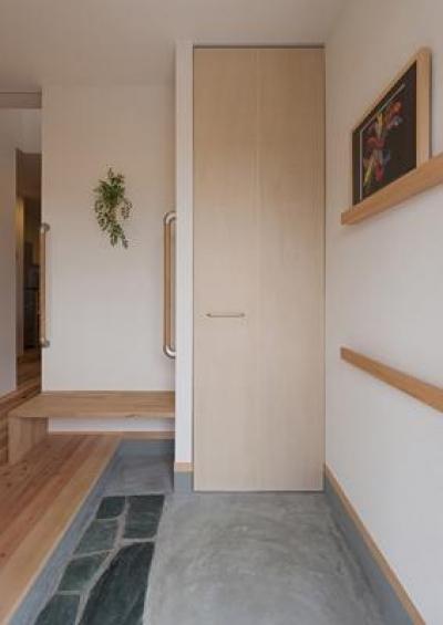 M邸 RE12 (土間のある玄関)