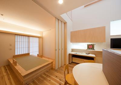 M邸 RE12の写真 畳ベッドのある寝室
