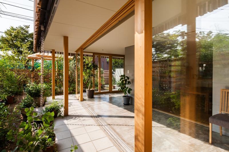 回廊の家の部屋 開放的な空間