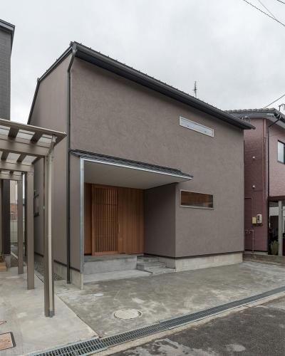 外観 (東山の家2|伝統環境保存区域の狭小敷地住宅)