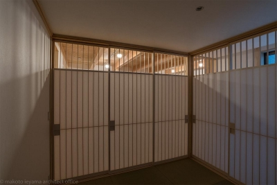 畳コーナー (東山の家2|伝統環境保存区域の狭小敷地住宅)