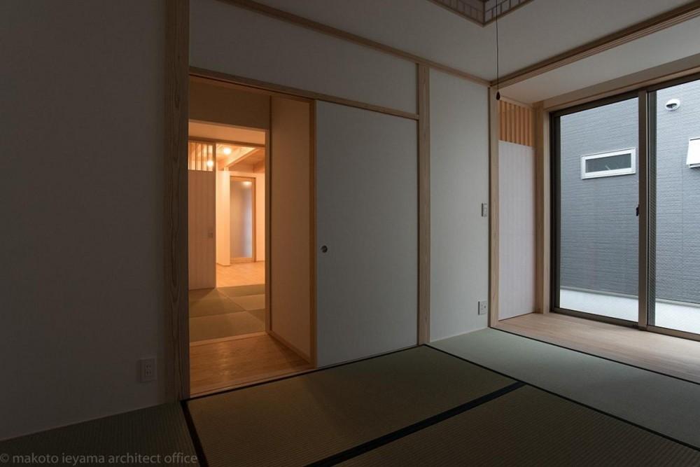 東山の家2|伝統環境保存区域の狭小敷地住宅 (和室)