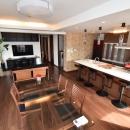明るく広いリビングダイニングキッチン