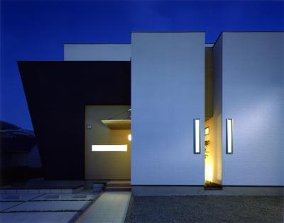 N2-house 「切抜かれた家」 (外観)