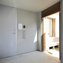 KJ-house (玄関)